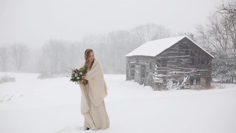 Julia & the Broken Barn