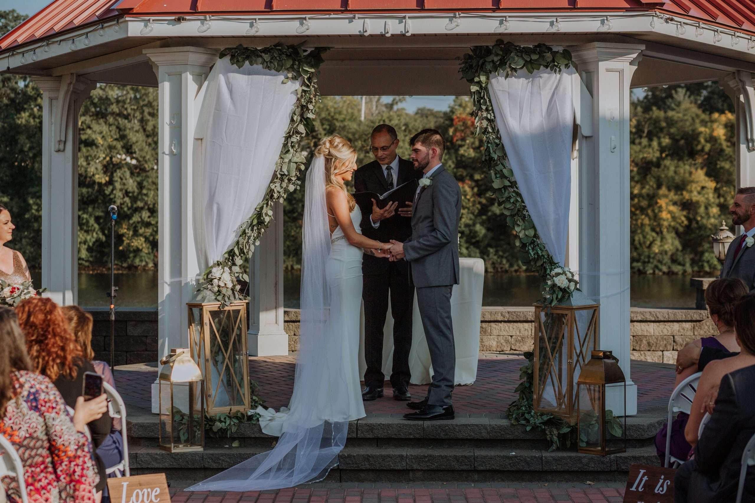 River Wedding Bride & Groom